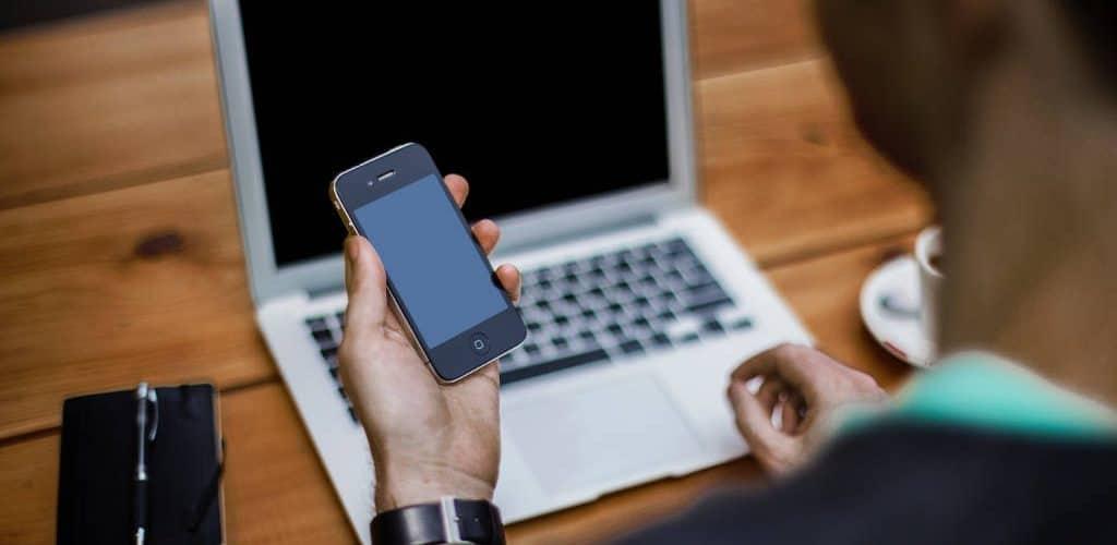 Hiperconectados al móvil